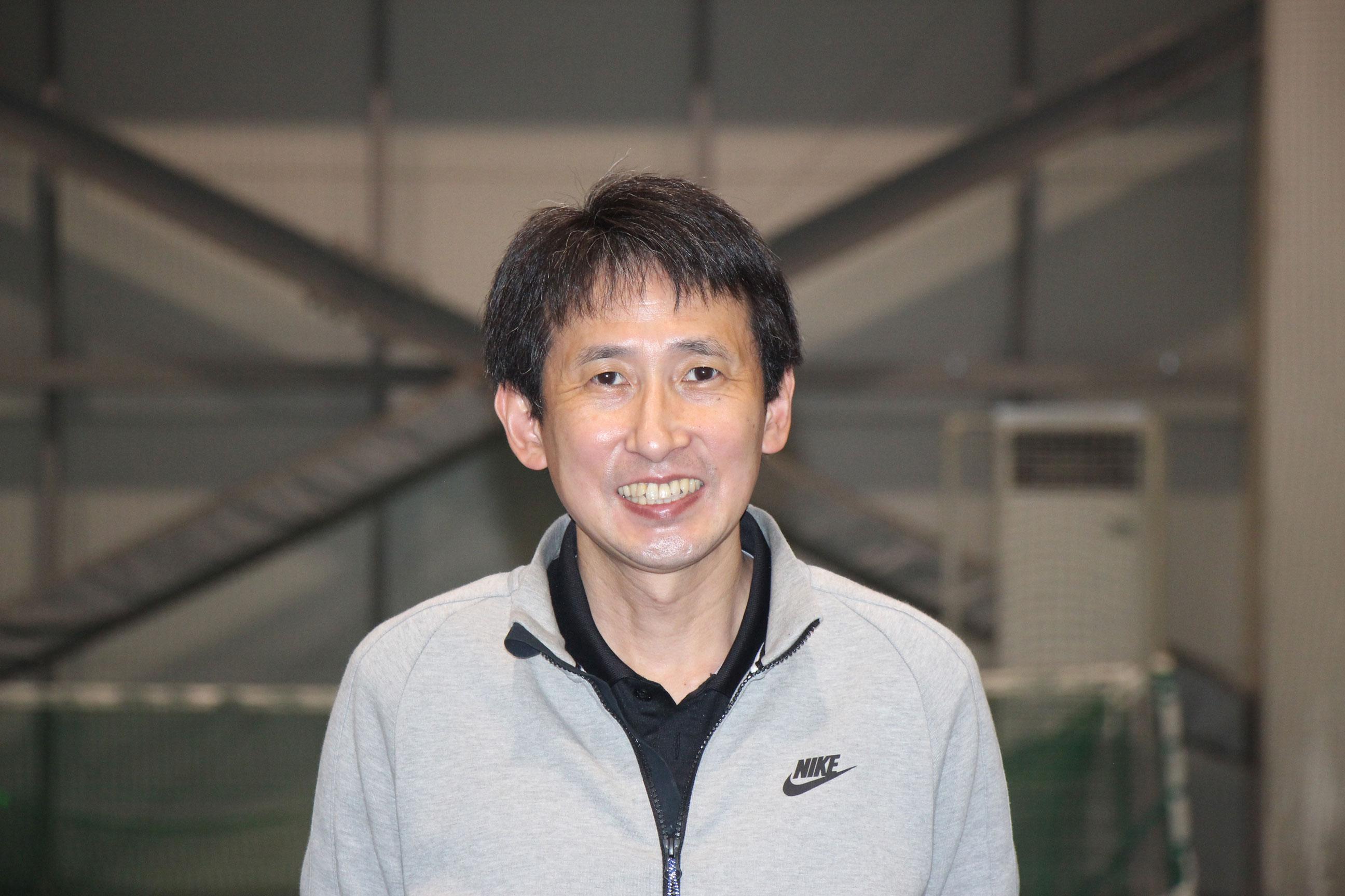 中尾好伸(なかおよしのぶ) コーチ